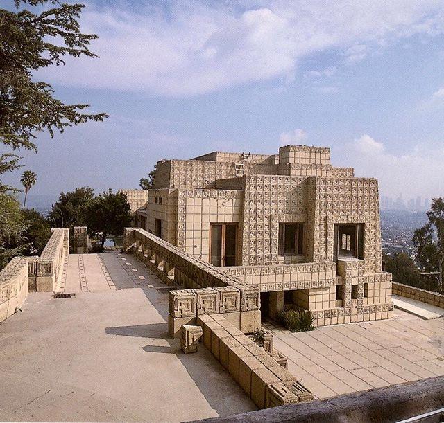 Mayan Brutalism in Los Feliz....#architecture #losangeles #california