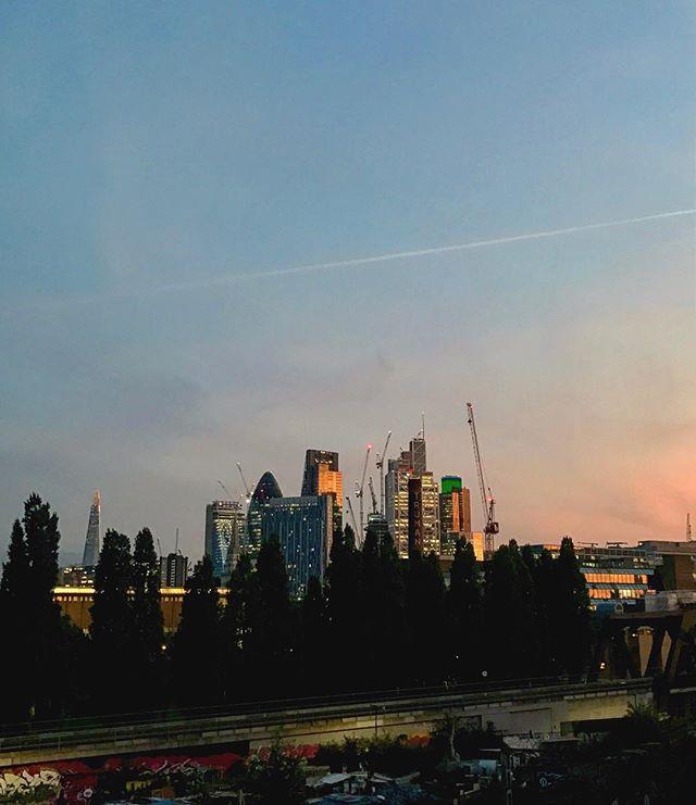 Night London!.......#night #london #sunset #goldenhour