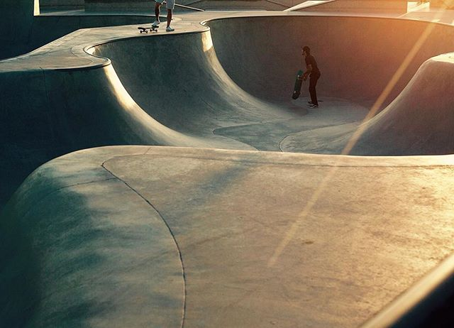 When in Venice Beach..........#losangeles #california #venicebeach #skateboarding #veniceskatepark